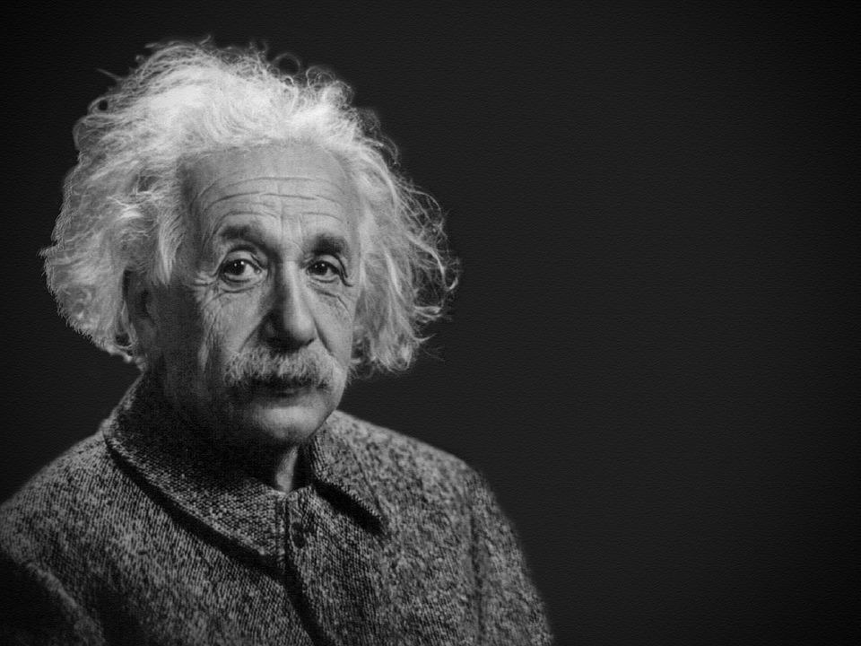 Breve explicación sobre la teoría de la relatividad de Albert Einstein