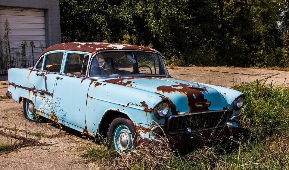 Auto oxidado
