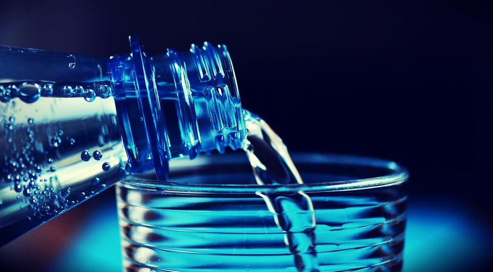¿Qué consecuencias tiene beber agua salada?