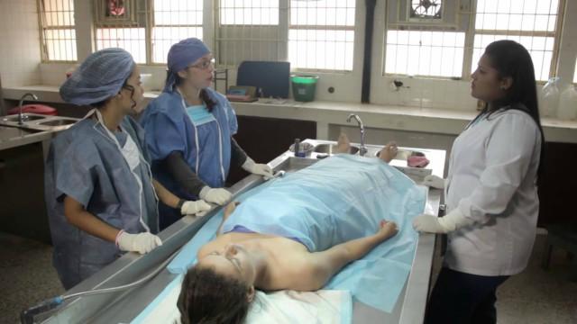 Como se hace una autopsia
