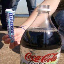 Experimentos con mentos con Coca-Cola