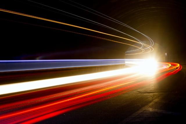 velocidad de la oscuridad