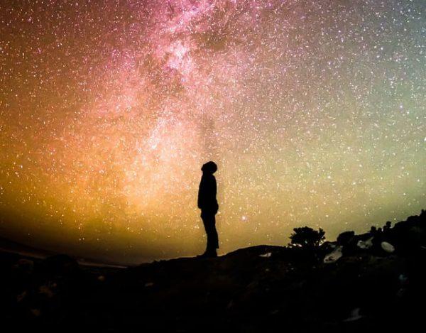 ¿Cuánto tiempo podría vivir una persona en el espacio?