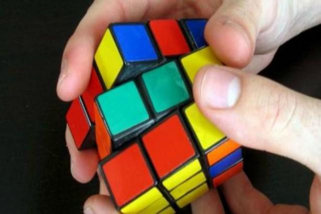 cómo resolver un cubo de rubik