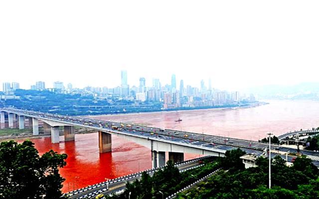 Rio rojo en china