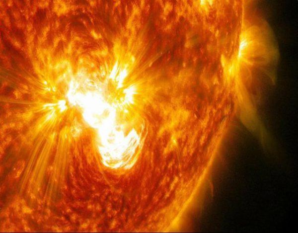 qué es una tormenta solar