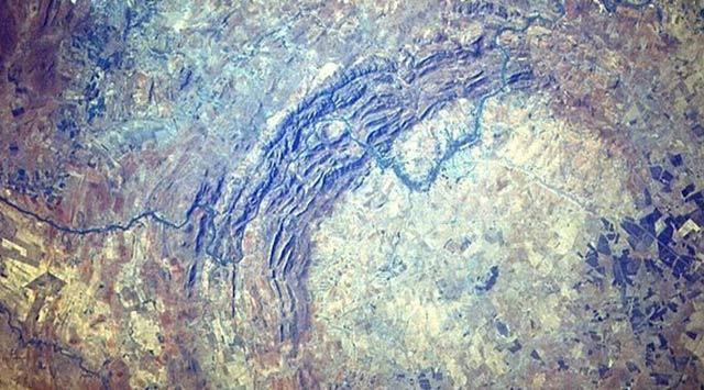 El cráter de impacto más grande del mundo