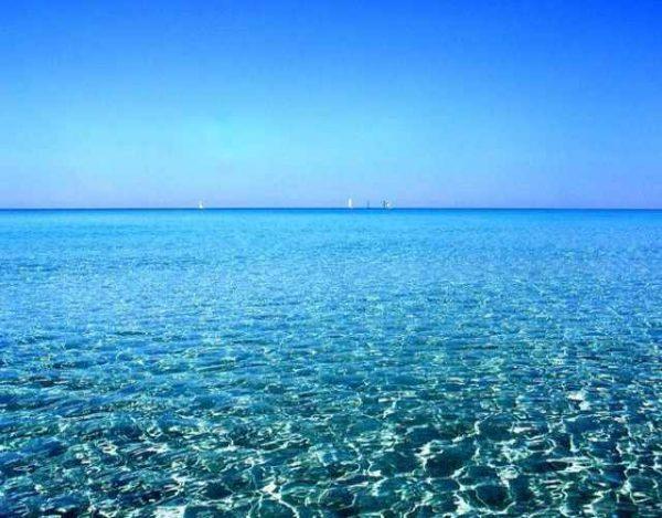 Porque el océano es azul