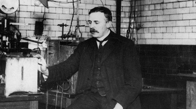 ¿Cuál es el experimeto de Rutherford?