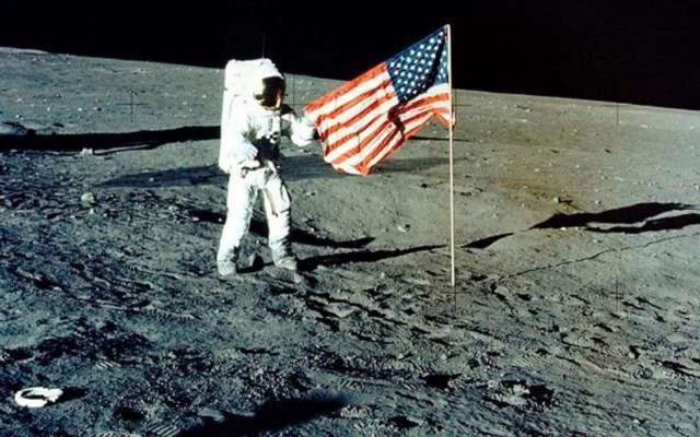 Cuánto cobra un astronauta