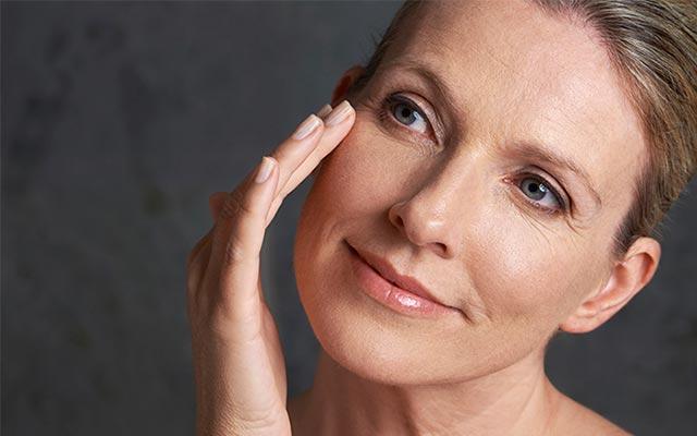 La Menopausia En Mujeres: 9 Cambios que ocurren con el cuerpo con la Menopausia que tienes que saber