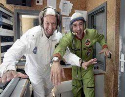 Cuál la diferencia entre Astronauta y Cosmonauta