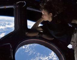 viajar al espacio alarga la vida