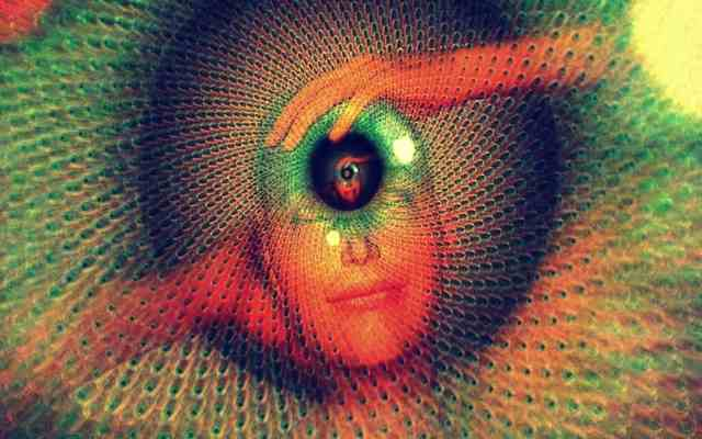 Punto del tercer ojo: presione 60 segundos este punto y calme estas condiciones