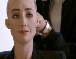 Sophia, la robot humanoide
