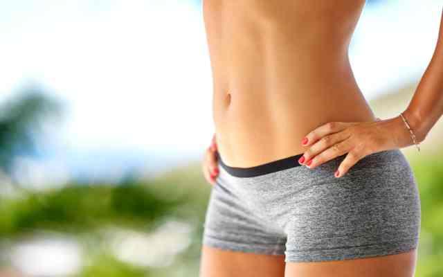 Este milagroso truco de 2 minutos te ayudará a tener un abdomen plano