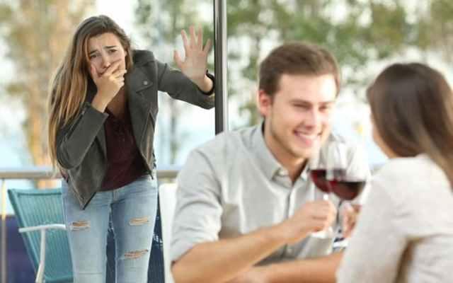 6 señales que tu pareja te ha sido infiel la noche anterior