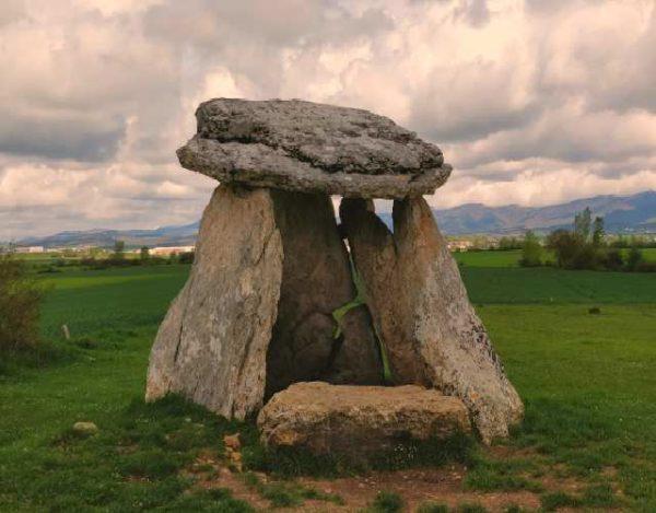 Qué es un dolmen