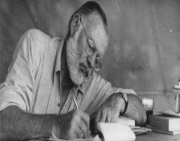 7 frases célebres de Ernest Hemingway