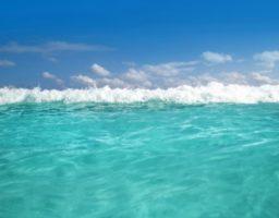 Por qué el agua del Caribe es de color turquesa