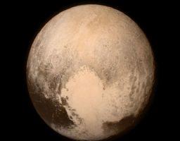 ¿Cómo son los satélites de Plutón?